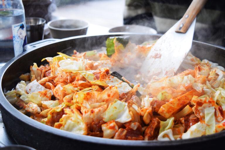 Dak,Galbi,(spicy,Stirred-fried,Chicken,Dish).